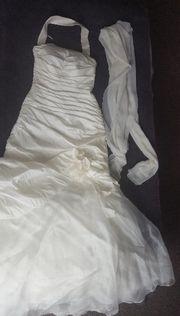 Hochzeitskleid cremfarben