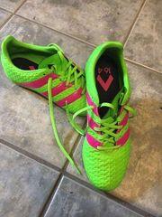 Neuwertige Adidas Sneakers
