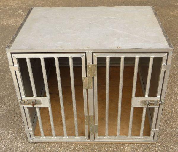 hundetransportbox in ankauf und verkauf anzeigen. Black Bedroom Furniture Sets. Home Design Ideas