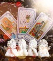 Hellseher Astrologen Kartenleger