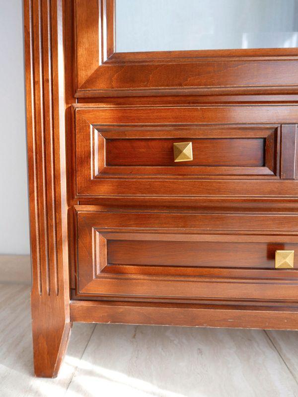 Vitrinenschrank kaufen vitrinenschrank gebraucht for Komplette wohnzimmereinrichtung
