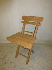 Kinderklappstuhl aus Holz