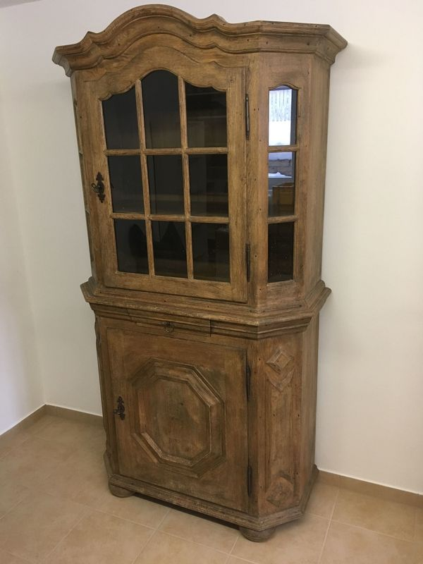 Bauernschrank Massivholz Eiche Vitrine Antik In München Stilmöbel