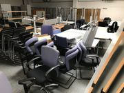 Büroauflösung neuwertige Büromöbel zu verkaufen