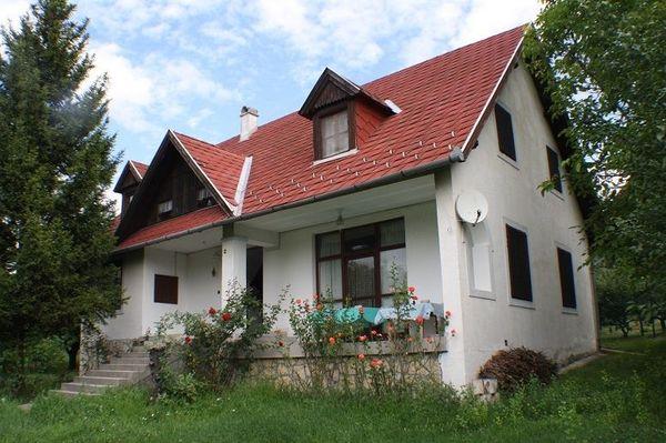 Ungarn Grosses stattliches Haus auf