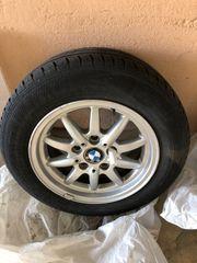 4 BMW Alufelgen mit Sommerreifen