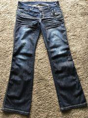 2x getragene Jeans