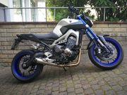 Yamaha MT 09 Race Blue
