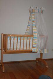 Baby Wiege Bettchen Stubenwagen auf