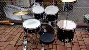 Schlagzeug DIXON zu