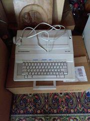Elektrische Schreibmaschine von Commodore in