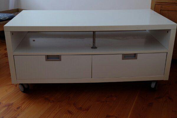 fernseher gebraucht kaufen ebay kleinanzeigen. Black Bedroom Furniture Sets. Home Design Ideas