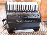 Akkordeon sucht Bassklarinette 50