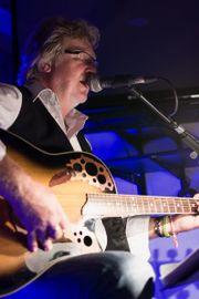 Live-Musik unplugged One-Man-Band Partymusik Alleinunterhalter