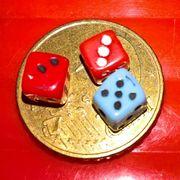 Alte Miniaturwürfelchen