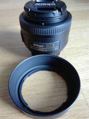 Nikon-Objektiv AF-