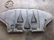 Audi Unterbodenschutz und Getriebeschutz 8E0863823