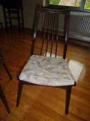 4 Retro-Stühle