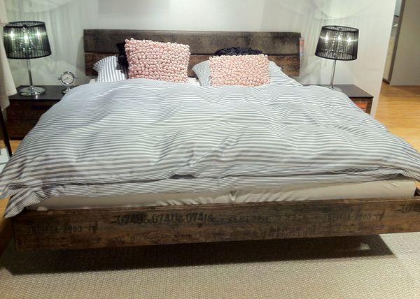 Schlafzimmerset: Bett 160cm, Kommode+Tische, Lattenrost & Matratzen ...
