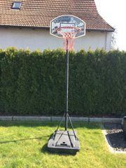Basketballkorb mit stabilem