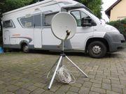 Mobile Satellitenanlage (Dreibeinstativ)