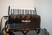 V-Akkordeon, Roland