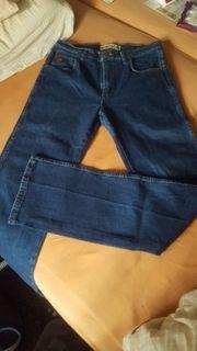 Wrangler Jeans Grösse 31 34