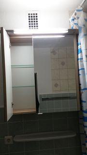 Bad - Spiegelschrank - Mache