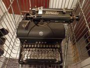 Alte Torpedo Schreibmaschine - vintage- um
