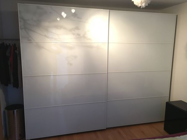 pax kleiderschrank pax wardrobe white bergsbo frosted glass kleiderschrank ikea pax a g fitco. Black Bedroom Furniture Sets. Home Design Ideas