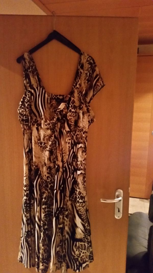 4a41e33d3e1 Abendkleider kaufen   Abendkleider gebraucht - dhd24.com