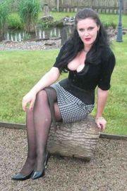 Dominante Lady, 38,