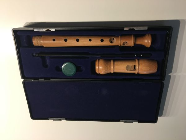 "Verkaufe verschiedene Flöten der Marke Ariel (Sopran, Tenor, Alt) - Ettlingen - drei Blockflöten der Marke ""ARIEL"" zu verkaufenVHB Sopran 30 EURVHB Alt 50 EURVHB Tenor 60 EUR - Ettlingen"