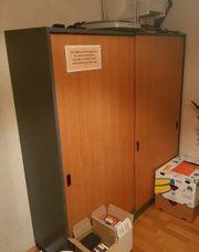 Büro bzw Arbeitszimmer Schrank