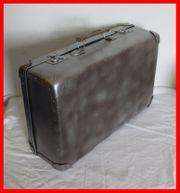 alter DDR Koffer