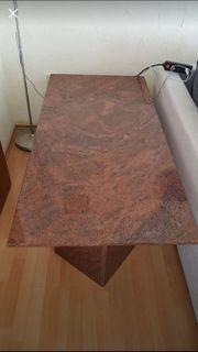Granit Tisch