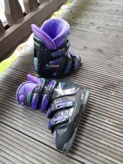Skischuhe von Lowa