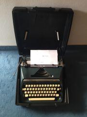 Reise-Schreibmaschine Triumph Adler Gabriele 35