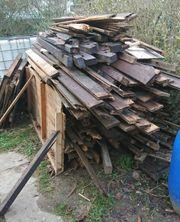 brennholz zu verschenken alles m gliche passende kleinanzeigen finden. Black Bedroom Furniture Sets. Home Design Ideas