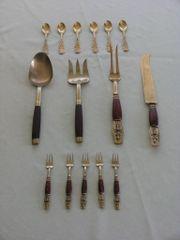Bronze-Bestecke mit