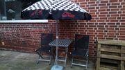 2 Gartenstühle, Gartentisch