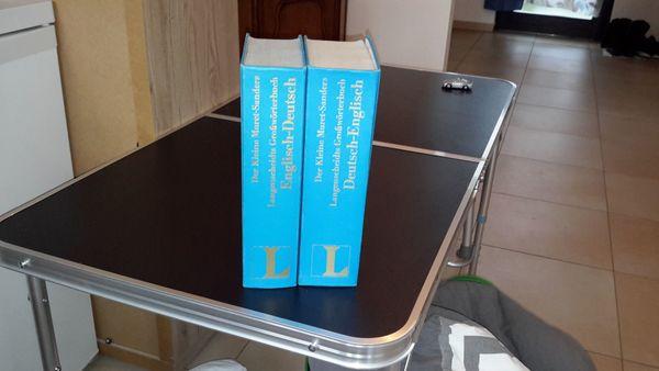 """Englisch-Deutsch-Englisch Großwörterbuch Langenscheidt Der """"Kleine Muret-Sanders"""" 2 Bände - Wanfried - Gut erhalten, nichts hineingeschrieben oder herausgetrennt, NP war 190,- pro Band. Gebrauchsspuren ja ein paar, aber nicht innenseitig.Versandkosten nicht über 8,- EUR einschließlich Verpackung. - Wanfried"""