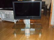 Fernseher mit Rack