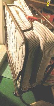 Schrank Tisch Bett Kinderbett Waschmaschine