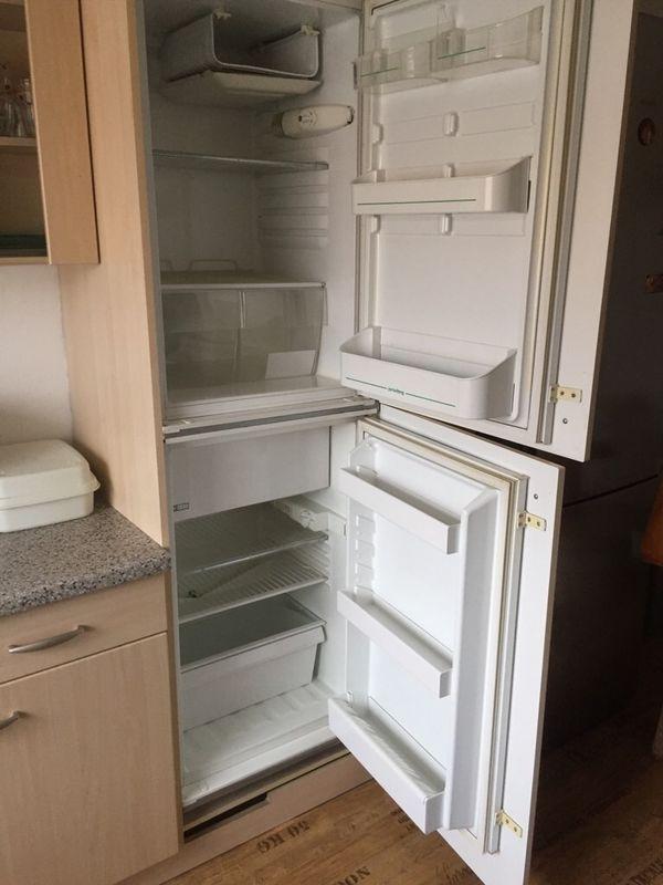 zwei gebrauchte Einbau Kühlschrank , voll funktionsfähig mit eigenen ...