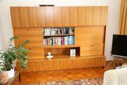 Wohnzimmerschrank / Schrankwand