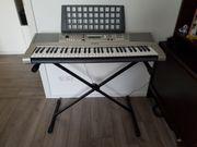 Yamaha Keyboard YPT-