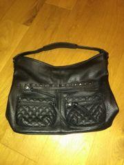Tasche schwarz mit