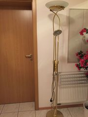 Stehlampe Messing dimmbar mit Leselampe