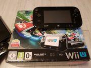 Wii U mit Spielen Zubehör
